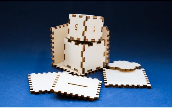 Låserskæring af kasser med samlinger